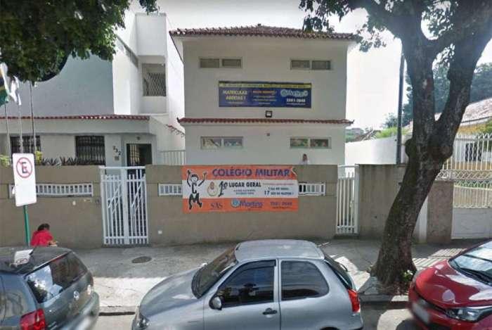 Motoristas relataram arrastão em frente a colégio na Rua Isolina, no Méier