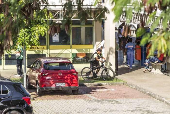 Vítima foi levada para o Hospital Lourenço Jorge