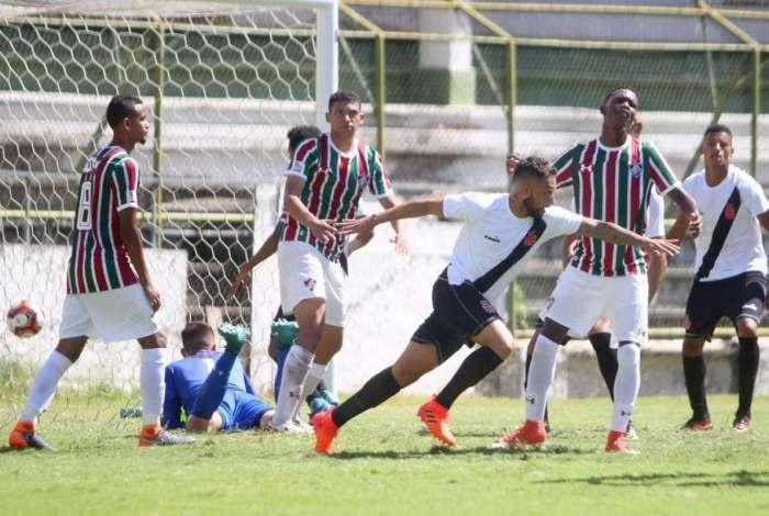 Vasco derrotou o Fluminense por 3 a 1 e avançou à final