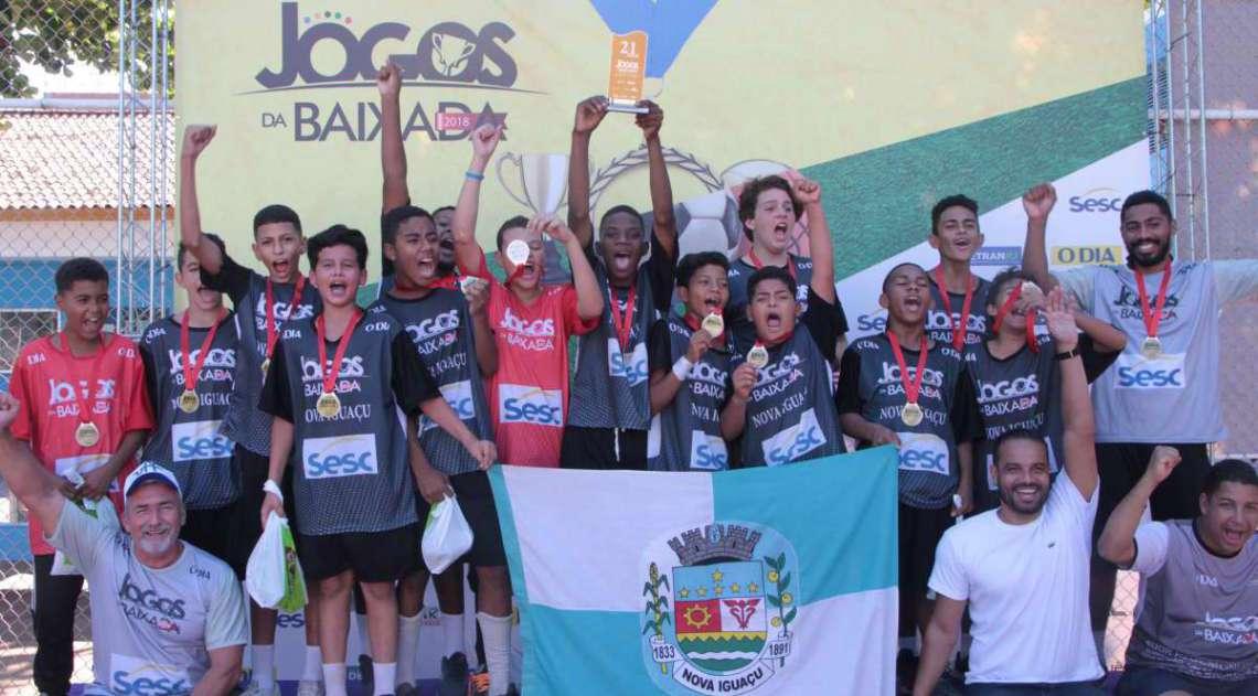29/04/2018 - Caderno Baixada. Jogos da Baixada.Handbol Masculino equipe vencedora Nova Igua�u.. Foto: Fernanda Dias / Ag�ncia O Dia.