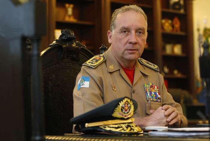 Comandante Geral do Corpo de Bombeiros do estado do Rio de Janeiro, Roberto Robadey foi diagnosticado com Covid-19 e cumpre isolamento domiciliar