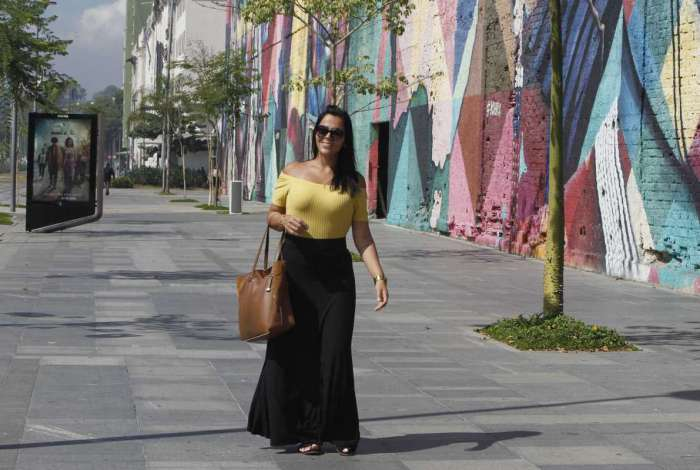 A administradora Priscila Ber�ot, em passeio no Boulevard, reclamou da falta de com�rcio e informa��o