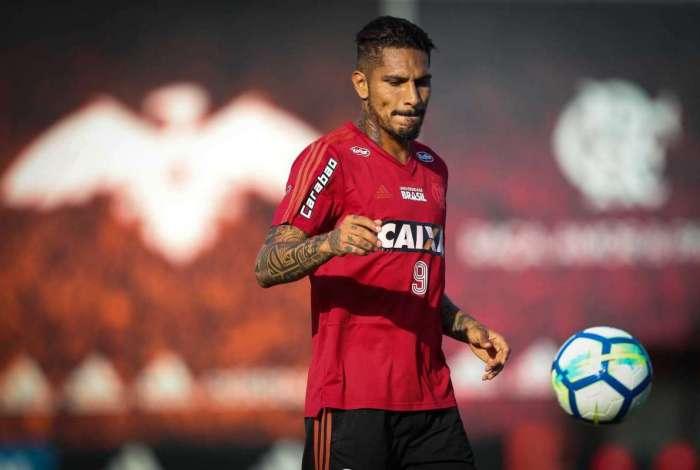 Paolo Guerrero, centroavante do Flamengo, foi punido pelo uso de benzoilecgonina