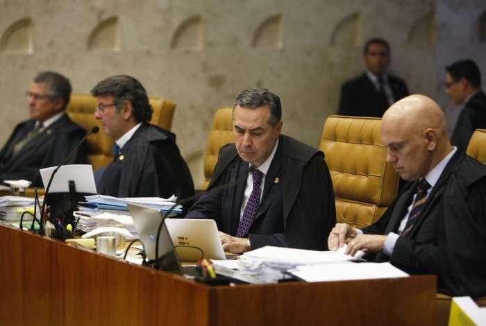 Ministros do STF Fux, Barroso e Moraes durante o julgamento do foro