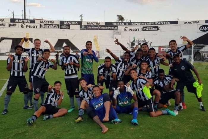 Botafogo avan�ou na Copa do Brasil sub-20