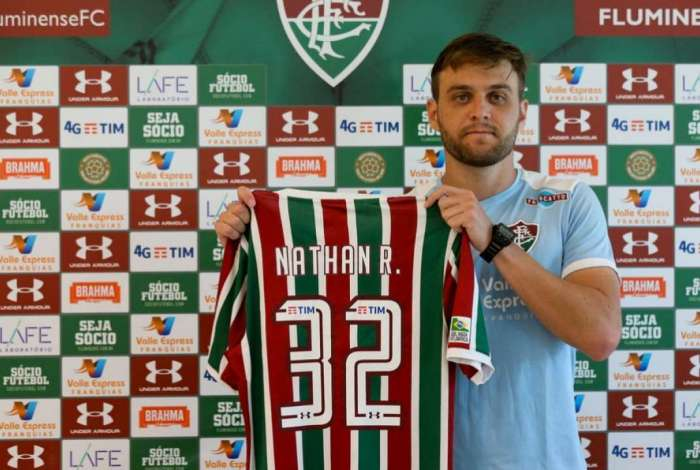 Nathan Ribeiro foi apresentado pelo Fluminense