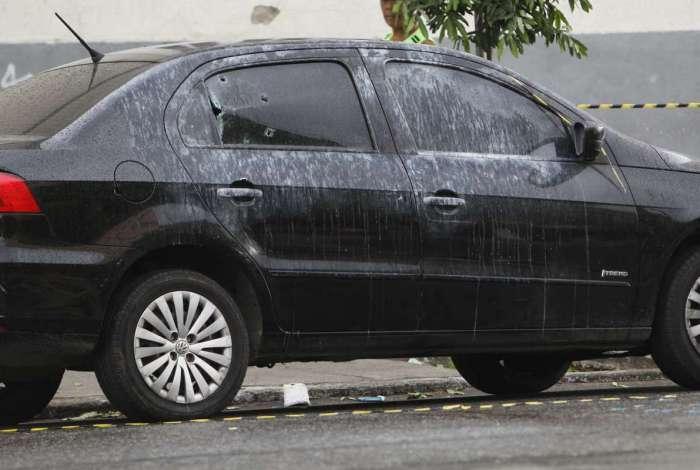 Fabio Vinicius Sales Moura, 40 anos, estava em um carro quando ocupante de outro veículo passou atirando