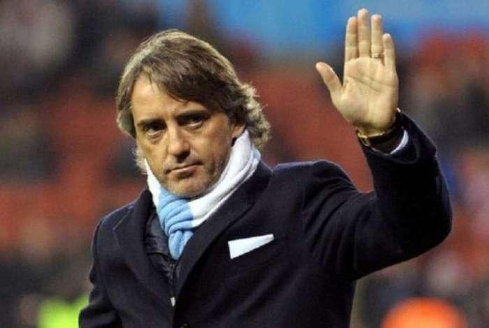 Mancini vai para assumir a seleção italiana