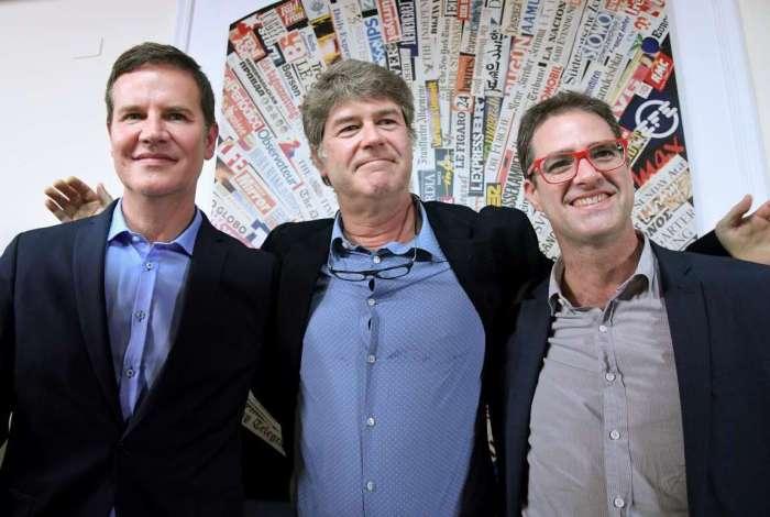As v�timas chilenas de abuso sexual Jose Andres Murillo, James Hamilton e Juan Carlos Cruz posam ap�s uma coletiva de imprensa em Roma