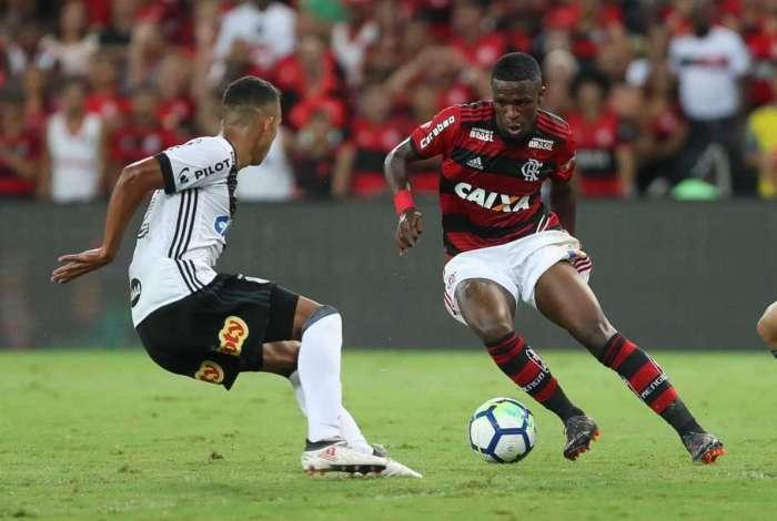 Flamengo empatou, mas avançou na Copa do Brasil