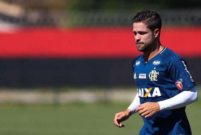 Diego está de fora de partida contra o Palmeiras