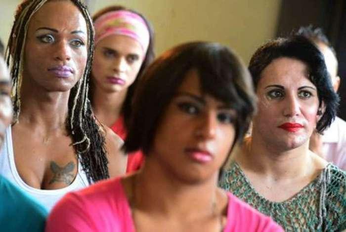 Resultado de imagem para transexuais presas