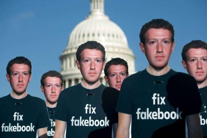 Facebook suspende 200 aplicações por uso indevido de dados
