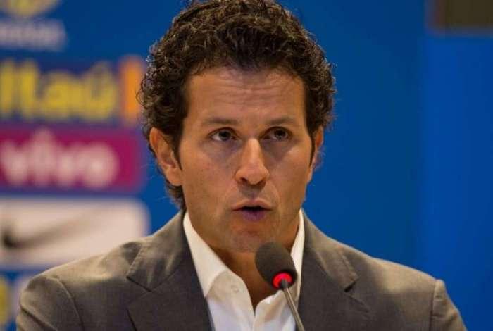 Rodrigo Lasmar garantiu a presen�a de Neymar em boas condi��es na Copa