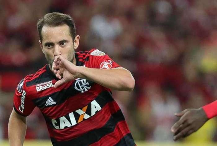 Éverton Ribeiro decidiu para o Flamengo
