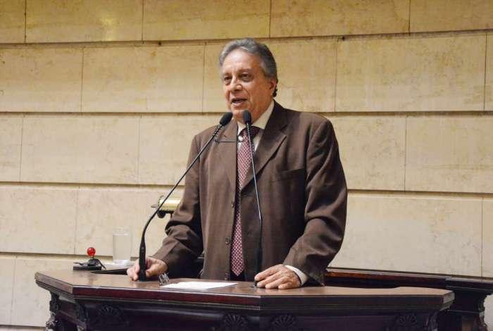 A reunião é articulada pelo presidente da frente em defesa da previdência municipal, Paulo Pinheiro