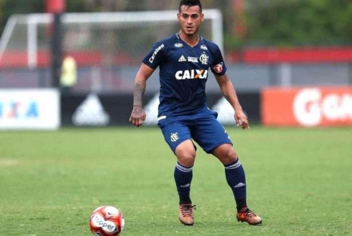 Trauco vem sendo reserva no Flamengo