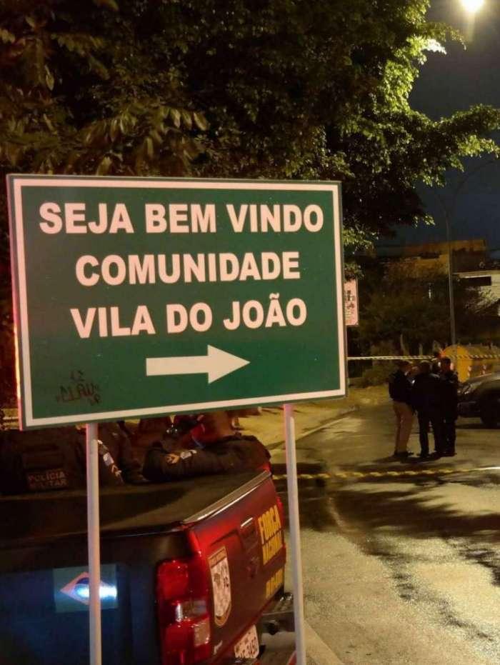 Militares conseguiram fugir de bandidos após carro descaracterizado do Exército dar pane na Comunidade Vila do João, na Maré, diz o CML