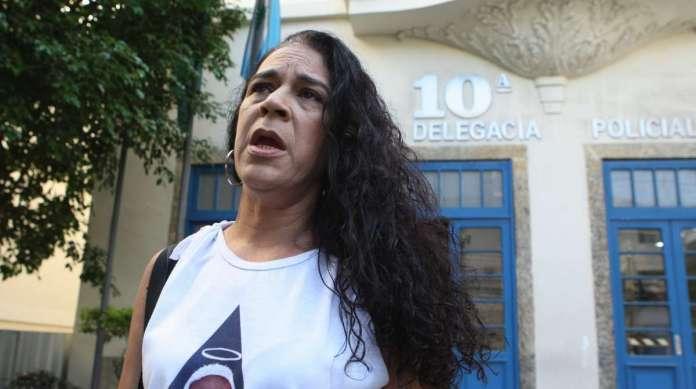 Nilce Rodrigues registrou queixa pelo sumi�o da ossada de Diego