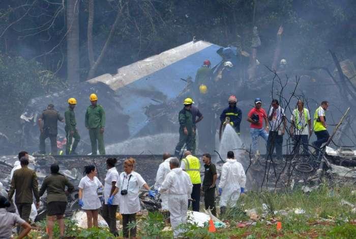 O Boeing 737 operado pela Cubana de Aviacion caiu perto do aeroporto internacional, informou a agência estatal Prensa Latina