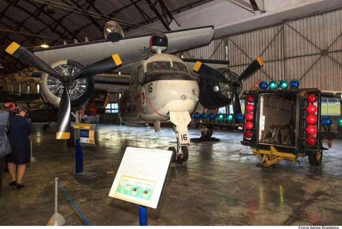 Aeronaves antigas da Força Aérea Brasileira ficam expostas no museu localizado no Campo dos Afonsos
