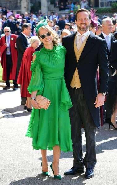 O ex-jogador da Inglaterra de rugby Will Greenwood e sua esposa Caroline posando para foto antes da cerimônia