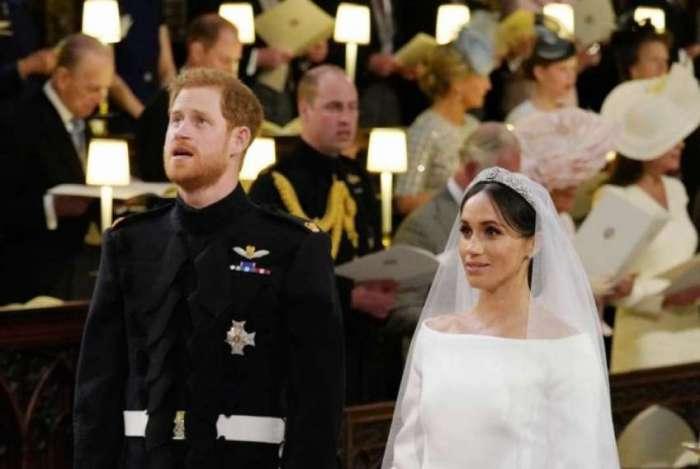 Pr�ncipe Harry da Inglaterra e a atriz americana Meghan Markle foram declarados neste s�bado marido e mulher em uma cerim�nia na igreja de S�o Jorge de Windsor
