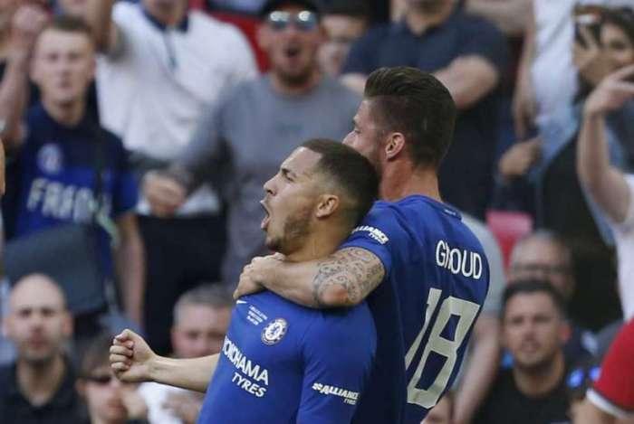 Hazard fez o gol da vit�ria do Chelsea no cl�ssico
