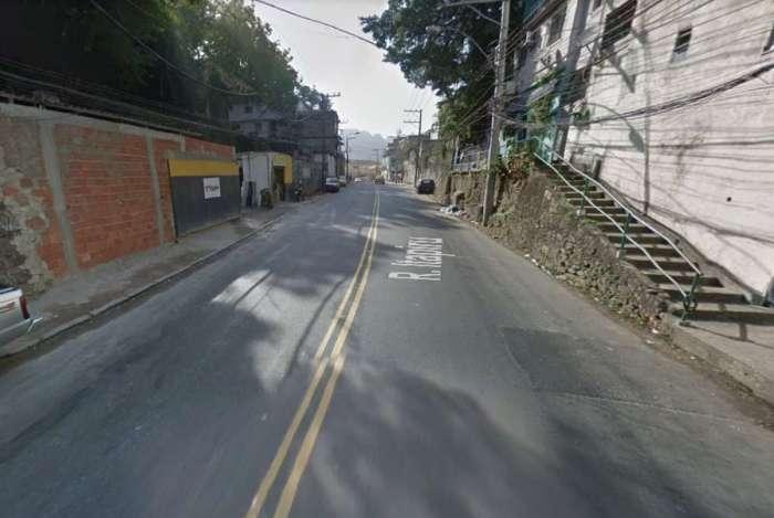 O corpo foi deixado na Rua Itapiru