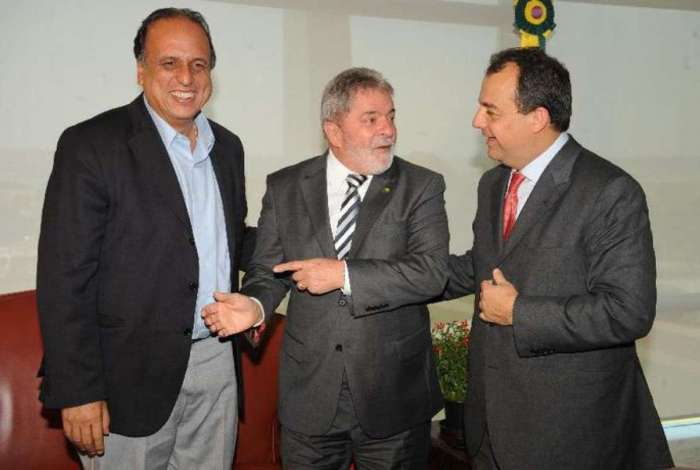 O ex-presidente Lula, o ex-governador S�rgio Cabral e o ent�o vice-governador, Pez�o