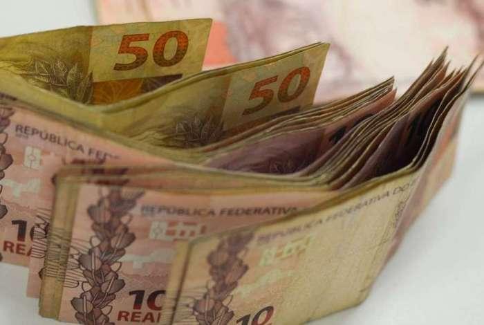 Compensa��o deve injetar R$ 12 bilh�es na economia e beneficiar 3 milh�es de pessoas
