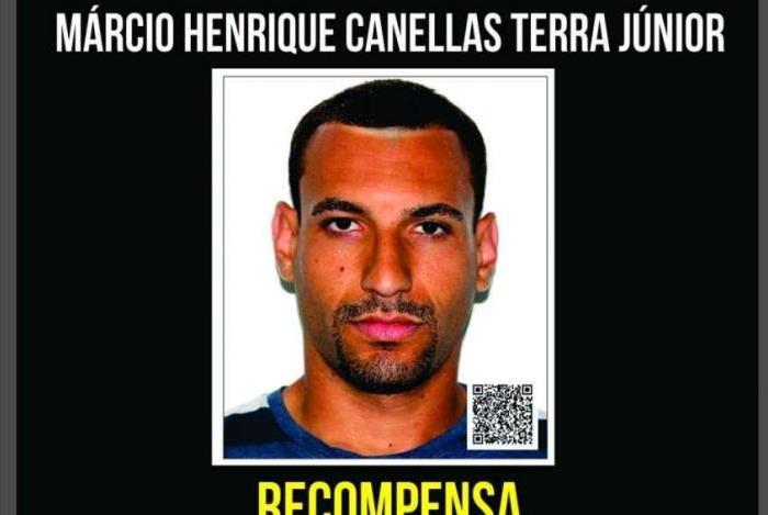 M�rcio Henrique Canellas Terra Junior, o Tubar�o, de 29 anos, � apontado como o homem que roubou mulheres sem descer do carro em que estava, no bairro Fonseca, em Niter�i