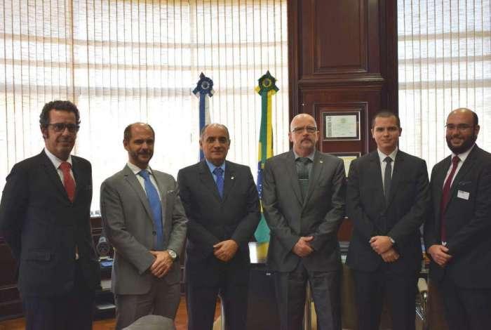 Seap, Defensoria Pública e Detran assinam acordo de cooperação mútua