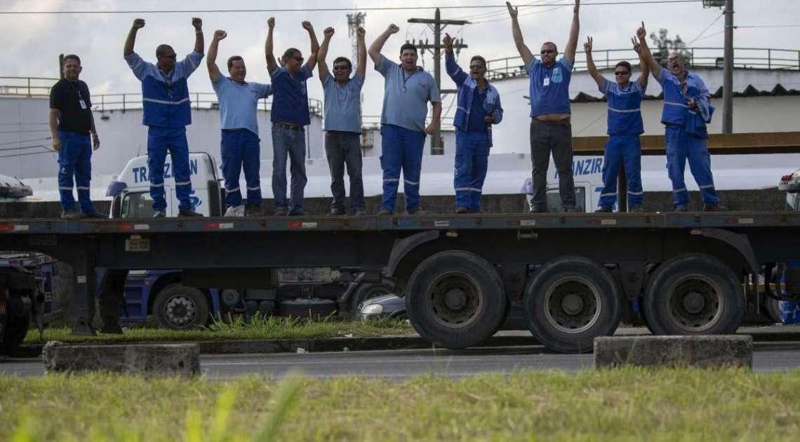 Grevistas bloquearam rodovias em diversos estados