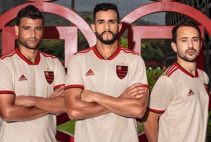 Flamengo lan�a novo segundo uniforme