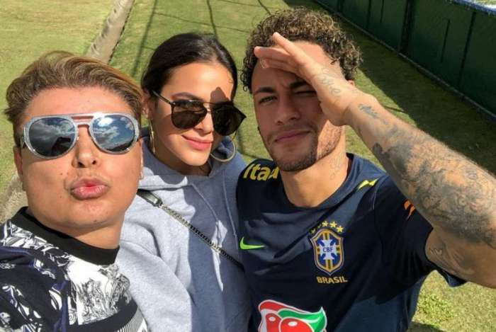 Neymar, Bruna e David se encontraram na Granja Comary