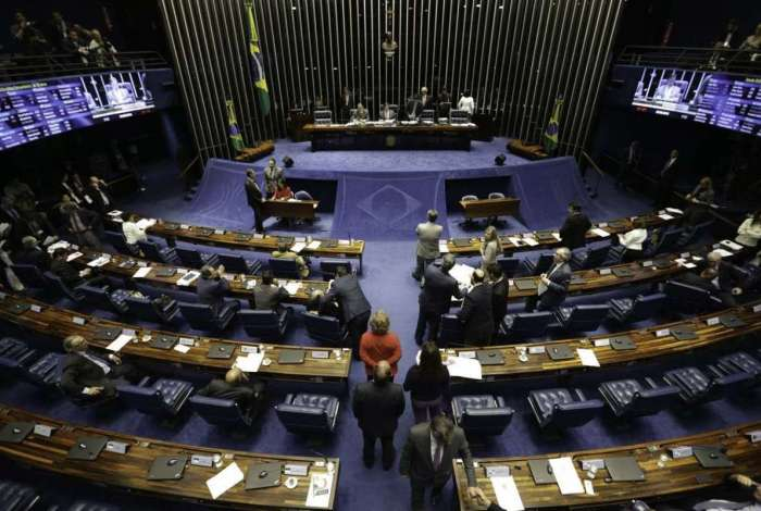Para aprovar a MP, governo precisava de quórum mínimo de 41 senadores. Mas conseguiu garantir que 66 parlamentares estivessem na Casa