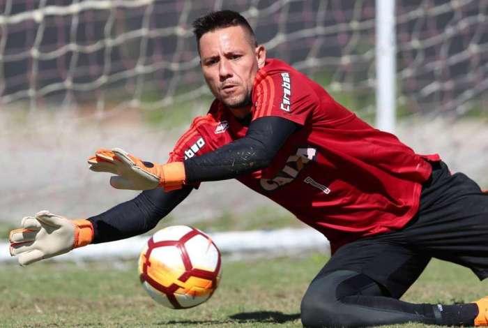 O goleiro Diego Alves
