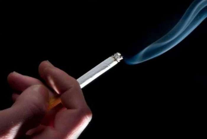 Empresa de recrutamento de Swindon, na Inglaterra, decidiu presentear os trabalhadores que não fumam com quatro dias de férias extra