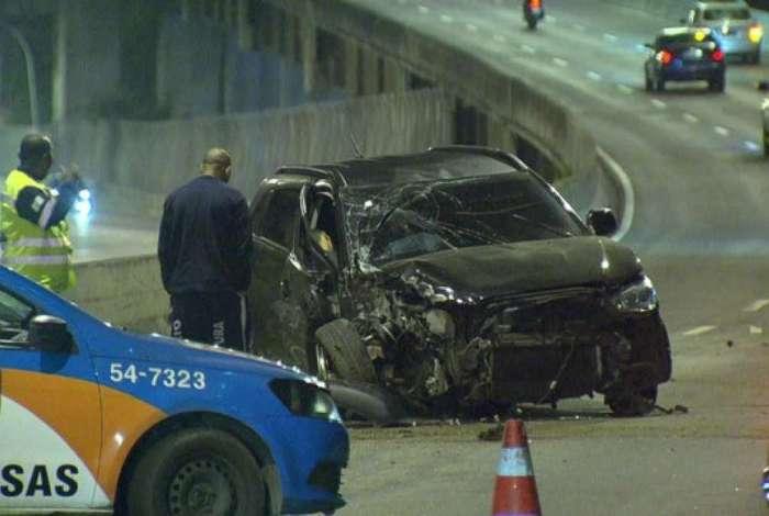Motorista morreu em acidente na Linha Vermelha, na altura do Caju