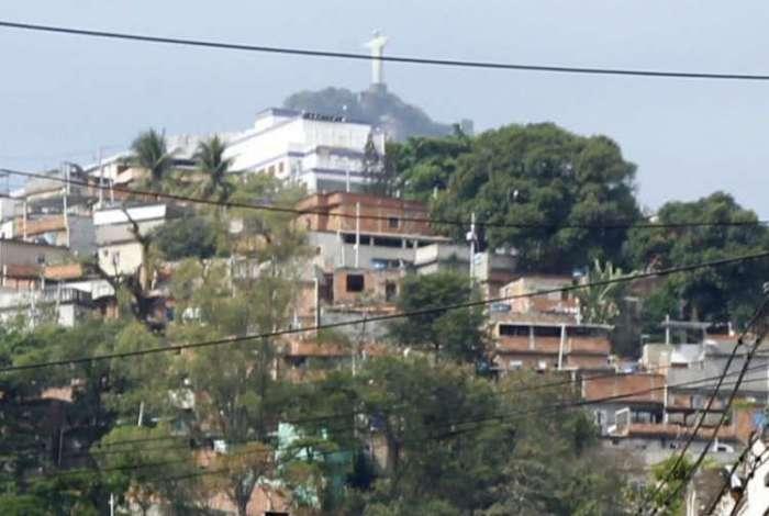 Catumbi: polícia suspeita que tiro partiu de Zoio, criminoso da região
