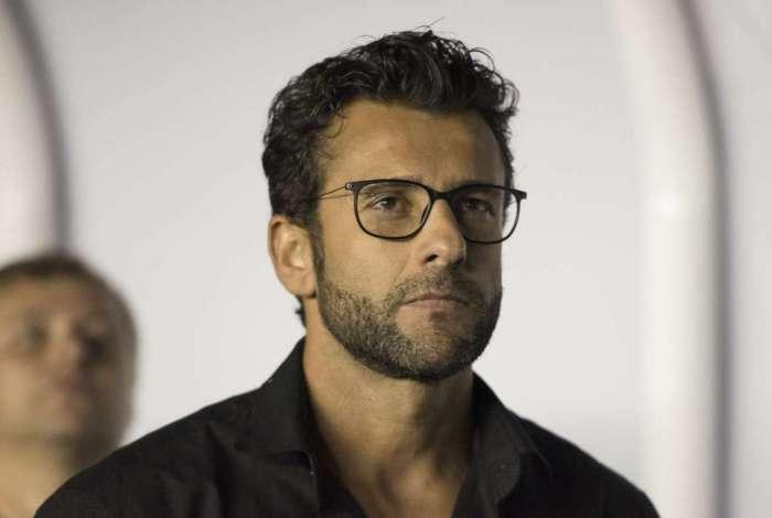 Alberto Valentim foi demitido no Egito e vai acertar com o Vasco