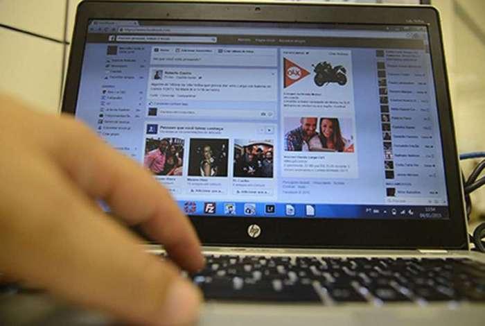 Facebook est� perdendo em usu�rios para o YouTube