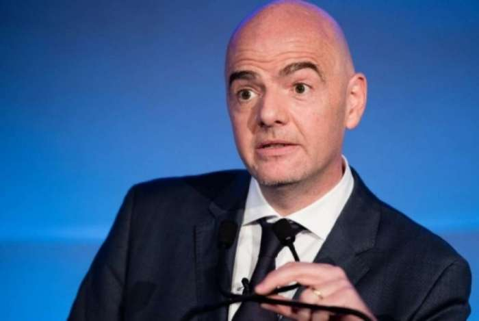 Infantino quer Copa de 2022 com 48 seleções