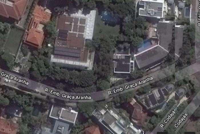 Duas pessoas foram feitas reféns em condomínio nobre do Leblon, na Zona Sul do Rio