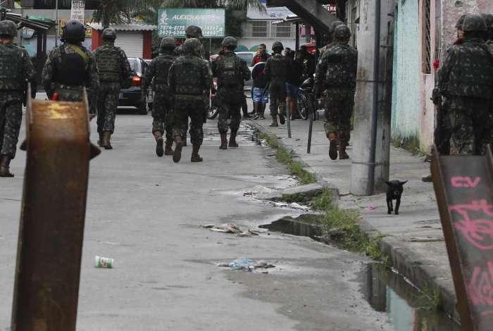 O Exército está na Cidade de Deus desde uma megaoperação no início de junho
