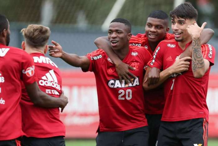 Vinicius Junior, Lincoln e Paquet�:ousadia nodrible aservi�o doFlamengo
