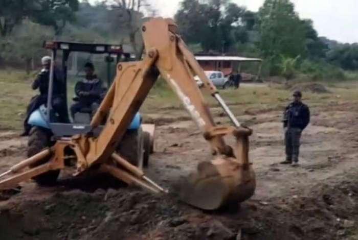 Policiais civis em ação no Complexo do Anaia