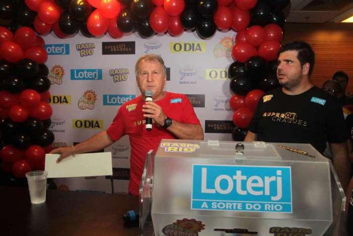 6-11-8--20 - Evento da Raspadinha Rio da Loterj co no Maracan� com a presen�a do Ex Jogador Zico.Foto:Fernanda Dias / Ag�ncia O Dia.