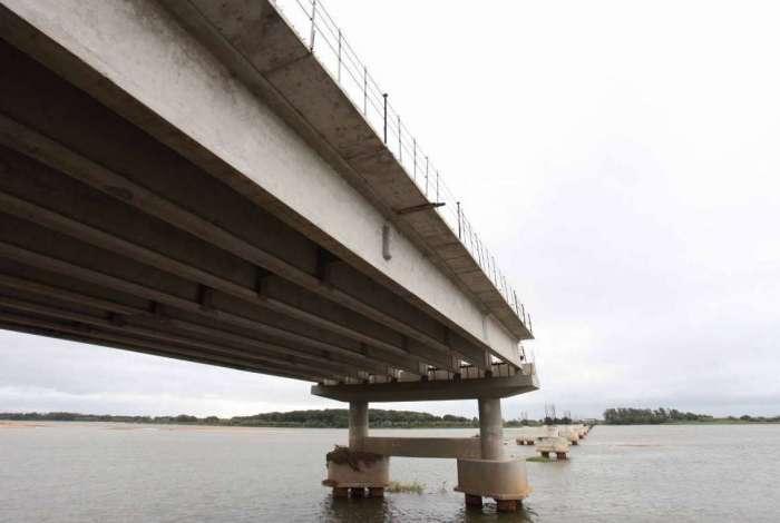 Governo estadual anuncia a retomada das obras da Ponte da Integra��o, que vai ligar os munic�pios de S�o Jo�o da Barra e S�o Francisco de Itabapoana